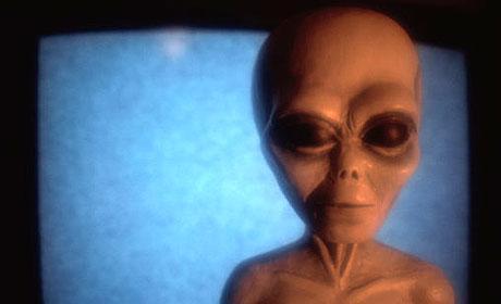 英科学家称人类为从外太空迁居地球的外星人