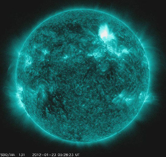2012迎来十年来最强太阳风暴